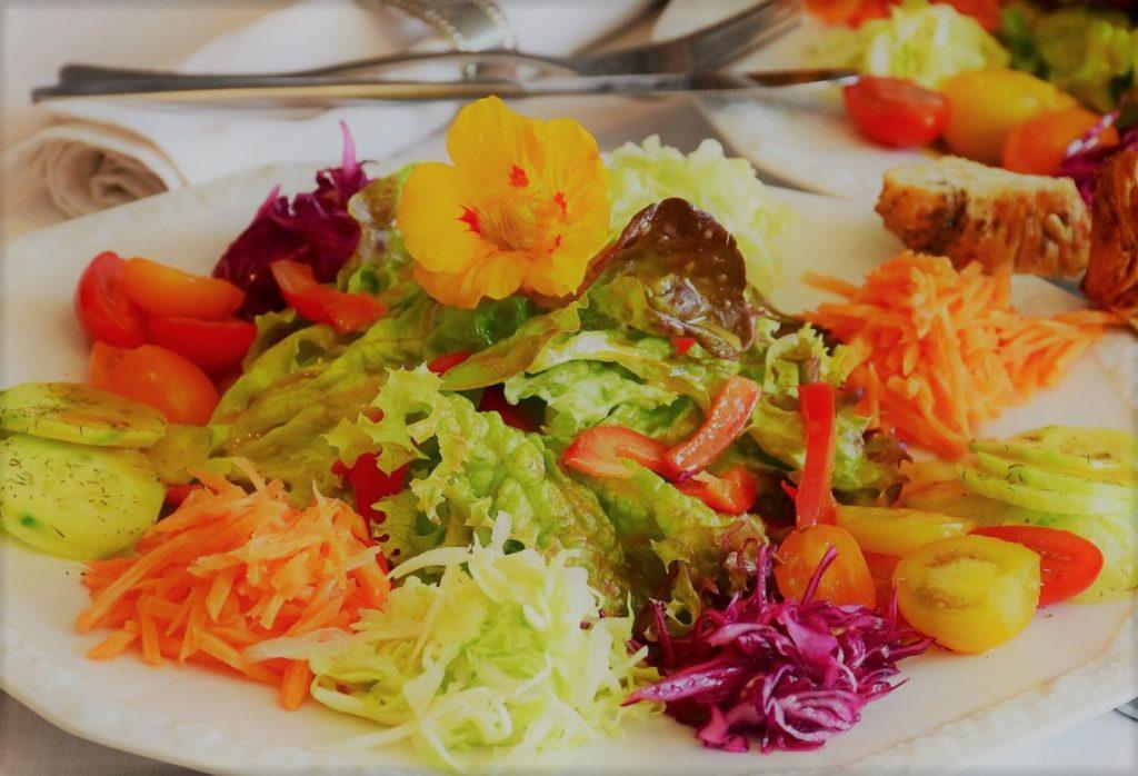 Salade de saison, Pub de Carqueiranne
