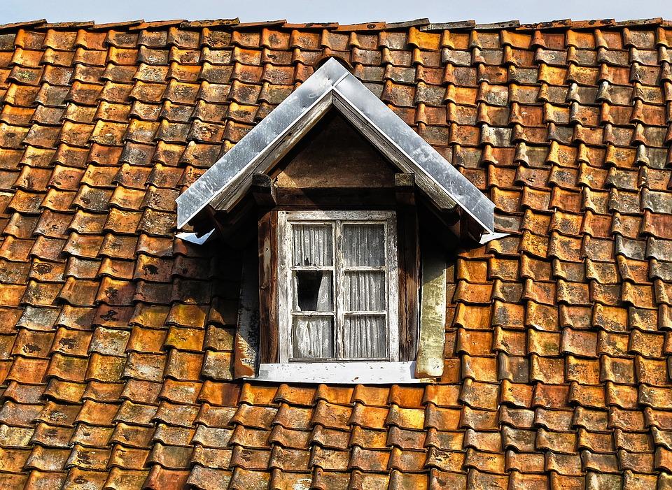 Comment nettoyer une toiture en ardoise ? - raffole.fr