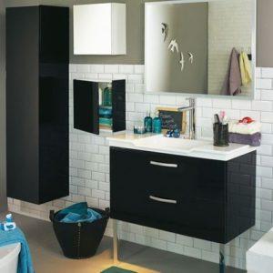 La-salle-de-bains-s-habille-en-noir-et-blanc