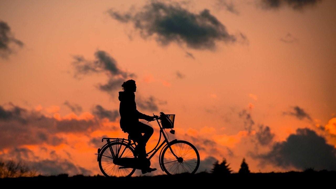 Noa Khamallah parle des bénéfices sur la santé du vélo électrique